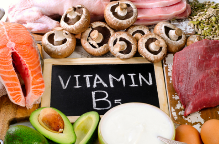 パントテン酸(ビタミンB5)を多く含む食品と飲み物とは