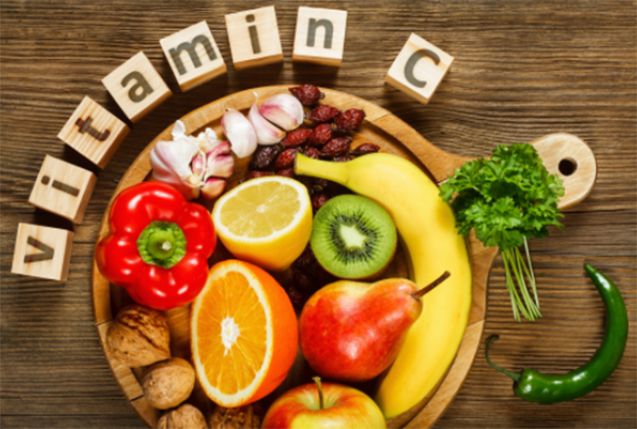 ビタミンCを多く含む食品と飲み物とは