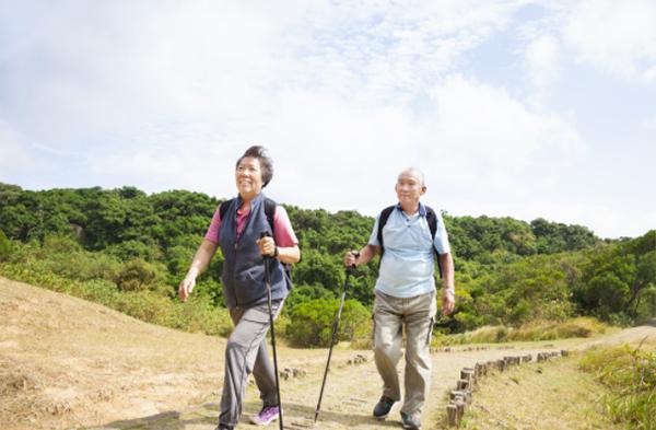 自分の足で歩き続けることが健康寿命を高める